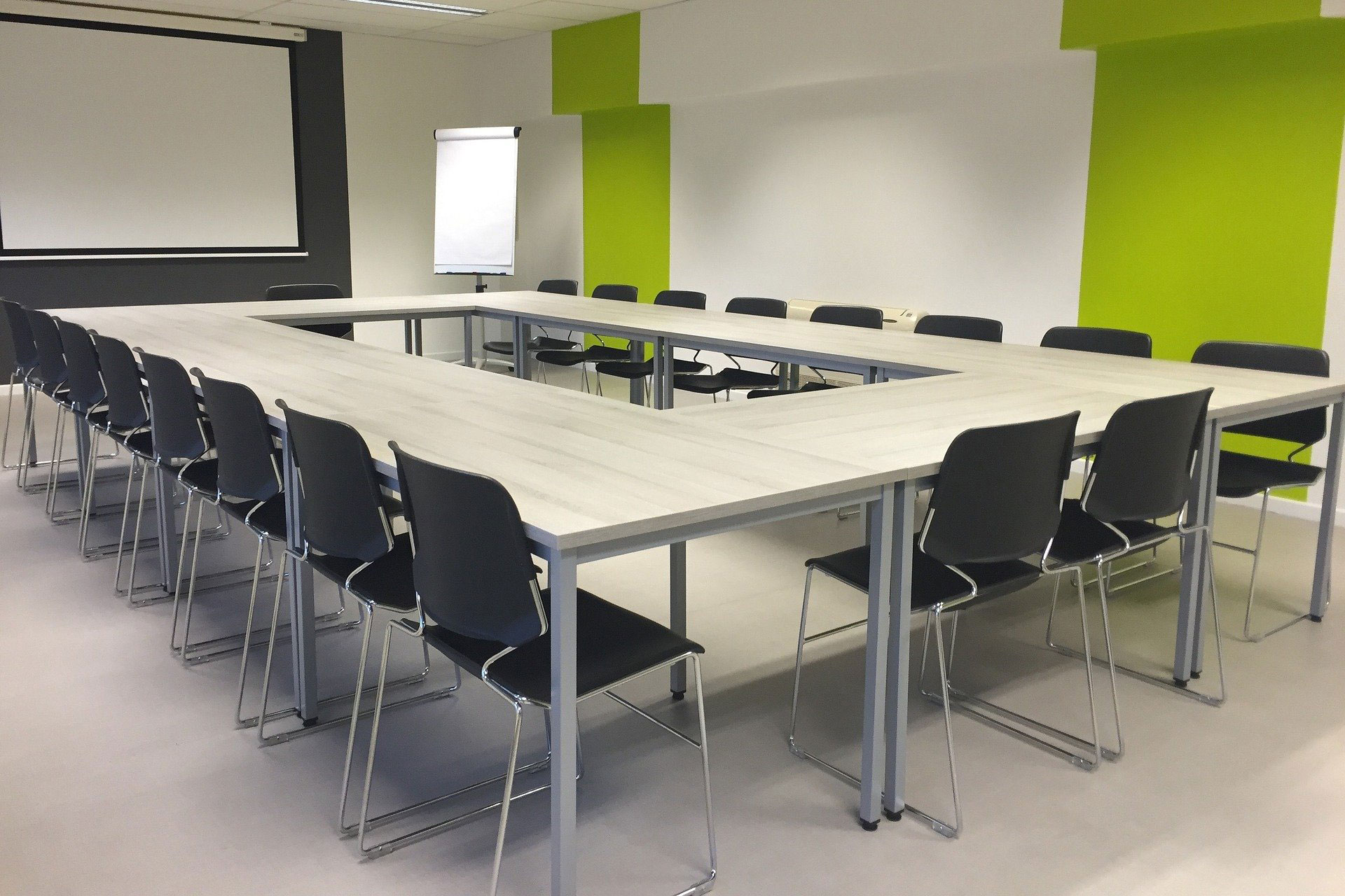 Konferenzraum, Foto: pixabay / Frantichek